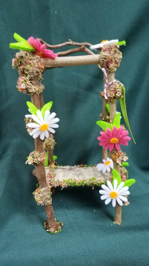 SALE!  Twig Gazebo with White and Pink  Daisies