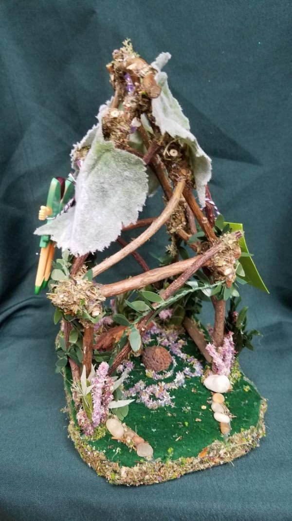 Twigs Fairy House - Lights Up - Flowers - Table - Bird Nest - Fairy Doll Included - 14