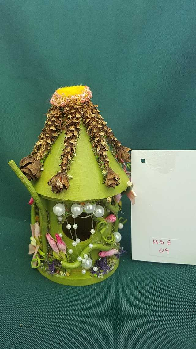 Miniature Wood Fairy House - Round - Moss Green - Pearls - Fairy Garden - 5