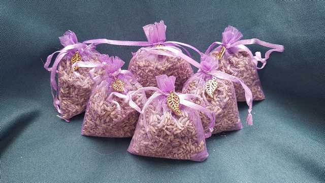 Lavender Sachet - Purple Net Bag - Gold Leaf Charm - Grown on Fox Island - Very Fragrant - 3